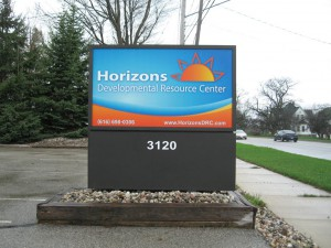 Horizons monument sign in driveway